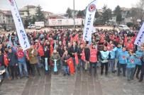 YOL HARITASı - Türk Metal Sendikasına Üyesi Fabrika Çalışanları Meydana İndi