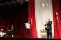 MEHMET ÖZEL - 'Vay Sen Misin Ben Olan' İsimli Tiyatro Oyunu Afyonkarahisar'da Sahne Aldı