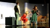 CENGIZ ŞAHIN - Bursa'da İki Oyun Tiyatroseverlerle Buluştu