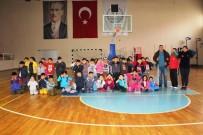 GÖRME ENGELLİ - Çocuk Sporculara Beyaz Baston Haftasında Engelli Farkındalığı Eğitimi