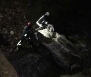 PAMUKKALE - Denizli'de Otomobil Dereye Düştü Açıklaması 3 Yaralı