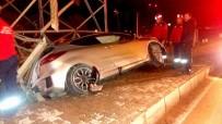 Kontrolden Çıkan Otomobil Direğe Çarptı Açıklaması 1 Yaralı