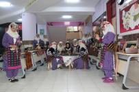 EDEBIYAT - Kumluca'da Lise Koridoru Müzeye Dönüştü