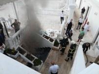 YAT LİMANI - Restoran Yangını Korkuttu