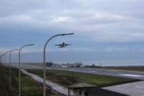 KABİN GÖREVLİSİ - Trabzon Havalimanı Yeniden Uçuş Trafiğine Açıldı