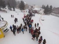 KIŞ TURİZMİ - Uludağ'da Metrelerce Telesiyej Kuyruğu
