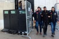 İPEKYOLU - 32 Yerinden Bıçaklanarak Öldürülen Genç Kızın Katil Zanlısı Yakalandı
