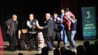 DENİZ ORAL - Akşehir'de 'Vay Sen Misin Ben Olan' İsimli Tiyatro Sahnelendi