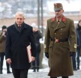 BUDAPEŞTE - Budapeşte Büyükelçisi Oktay Güven Mektubunu Macaristan Cumhurbaşkanı'na Sundu