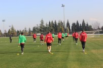 HAZIRLIK MAÇI - Denizlispor, Adanaspor Hazırlıklarına Başladı