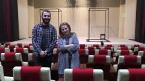 DEVLET TİYATROSU - 'Dış Ses' Oyunu Erzurumlu Tiyatroseverler İle Buluşacak