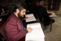İŞİTME ENGELLİ - Diyarbakır'da 16 Din Görevlisi Görme Engelliler İçin Braille Alfabesi Öğrendi