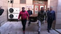 KEPÇE OPERATÖRÜ - GÜNCELLEME - İzmir'de Su Dolu Çukura Düşen İki Çocuğun Ölmesi