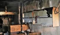 Isparta'da Ecza Deposunda Yangın