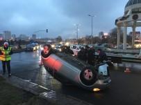 Kaza Yapan Araç Ters Döndü