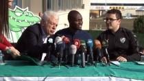 MOUSSA SOW - Moussa Sow, Bursaspor'a İmzayı Attı