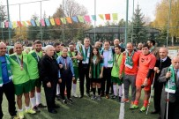 BELEDİYE MECLİSİ - Şampiyon Sporculara Ödül