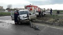 HÜSEYİN KÜÇÜK - Tekirdağ'da Trafik Kazası Açıklaması 1 Yaralı