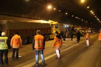 ZİNCİRLEME KAZA - TEM'de 12 Araç Birbirine Girdi !