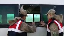 AFGANISTAN - 14 Kişilik Minibüse 71 Kişiyi Sığdırdılar