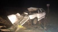 SAĞLIK EKİBİ - Başkentte Trafik Kazası Açıklaması 2 Ölü, 4 Yaralı