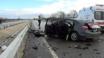 Biga'da Trafik Kazası Açıklaması 2 Yaralı