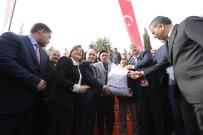 TARIM VE HAYVANCILIK BAKANLIĞI - Büyükşehir'den 400 Çiftçiye 200 Ton Koyun Süt Yemi