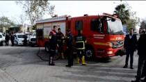 SAĞLIK GÖREVLİSİ - Ceyhan'da Yolu Kapatan Kişi Gözaltına Alındı