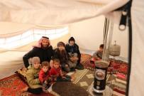 İDLIB - Esad'ın Bombaları 11 Kişilik Aileyi 3 Kez Yerlerinden Etti