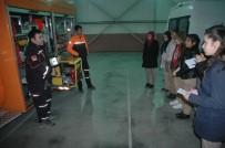 DEPREM BÖLGESİ - Gazeteci Adayı Öğrencilerden AFAD'a Ziyaret