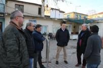 PAZAR ESNAFI - Gencer, Ayvalık Perşembe Pazarı'ndaki Düzenlemeleri Yerinde İnceledi
