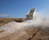 Haliliye'nin 5 Mahallesinde Yol Yapım Çalışması Devam Ediyor