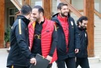 HASAN ŞAŞ - Hasan Şaş'tan 'Sneijder Bitti' Göndermesi