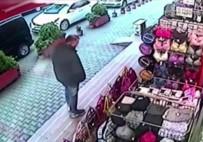 GİYİM MAĞAZASI - Kadın Giyim Mağazasındaki Hırsızlık Kamerada