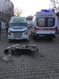 NAMIK KEMAL - Öğrenci Servisi İle Motosiklet Çarpıştı Açıklaması 1 Yaralı