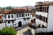 RESTORASYON - Osmaneli'nde Tarihi Konaklar Turizme Açılıyor