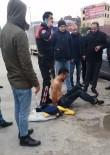İTİRAF - (Özel) Pendik'te Uygulamadan Kaçmak İsteyen Şahıs Kıskıvrak Yakalandı