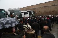 Umre Yolcularını Niğde Belediye Başkanı Özkan Uğurladı