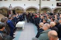 HIZMET İŞ SENDIKASı - Uşak Belediyesi'nde Toplu Sözleşme Sevinci