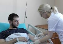 SAĞLIK HİZMETİ - Ahıskalı Türk'ün Tedavisi Ardahan'da Yapıldı