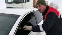 Aksaray'da İki Otomobil Çarpıştı Açıklaması 1 Ölü, 5 Yaralı