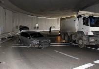 DERECIK - Alt Geçitte Trafik Kazası Açıklaması 1 Yaralı