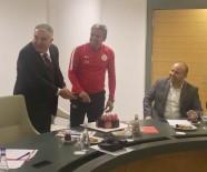 FORMA - Antalyaspor Yönetimi Haftalık Toplantısını Gerçekleştirdi