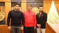 AVRUPA ŞAMPİYONU - Avrupa Şampiyonundan Rektör Prof. Dr. Refik Polat'a Ziyaret