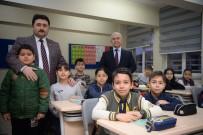 OKUL ZİYARETİ - Başkan Avcı, Burhan Erdayı İlkokulunda