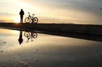 VUSLAT - Beyşehir Gölü'nde Günbatımı Kartpostallık Görüntüler Oluşturdu