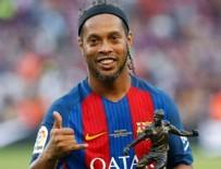 DÜNYA KUPASı - Brezilyalı fenomen Ronaldinho futbolu bıraktı