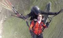 YAMAÇ PARAŞÜTÜ - Çinli Turist Gökyüzünde Bayıldı