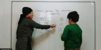 ÇOCUK GELİŞİMİ - Çocuğunuz Öğrenme Güçlüğü Çekiyor, Cümleleri Karıştırıyorsa Dikkat