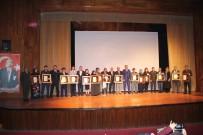 ŞEHİT ONBAŞI - Devlet Övünç Madalyası Töreninde Duygulu Anlar